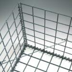 Avstivere stiver av gabionen slik at netting ikke buler ut